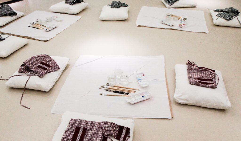 AN EXPERENTIAL ART THERAPY WORKSHOP FOR PROFESSIONAL THERAPISTS